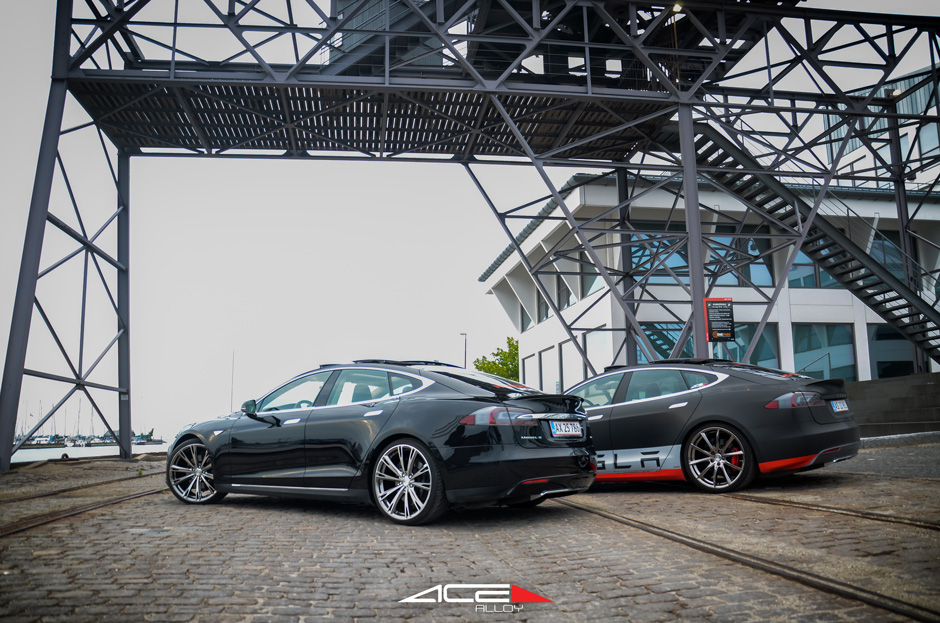 "ACE 22"" Convex Custom Chrome Aspire Black Chrome Machined Face Tesla Model S Denmark Aftermarket Wheels"